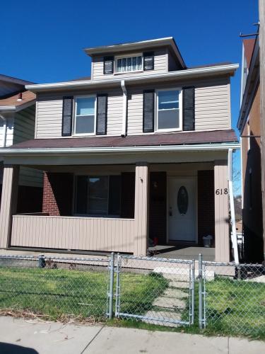 618 Griffin Street Photo 1