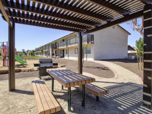 1535 W Desert Cove Avenue Photo 1