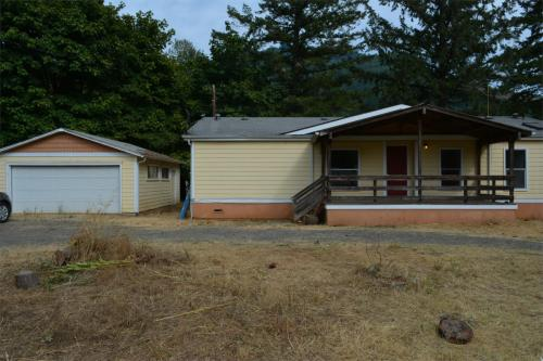 75855 Booth Kelly Camp Road Photo 1