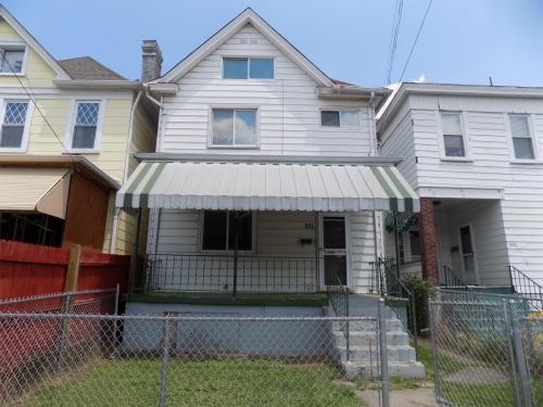 302 Russellwood Avenue Photo 1