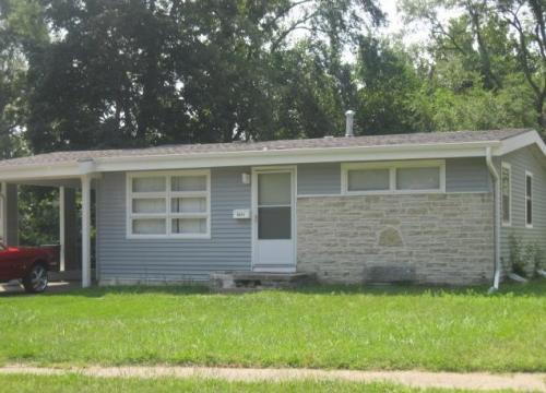 4421 Vernon Ave Photo 1