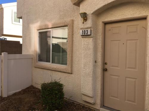 8758 Tomnitz Ave #103 Photo 1