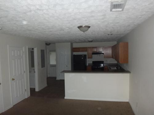 5487 Hickory Bend Court Photo 1