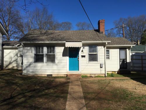 419 Barnes Street Photo 1