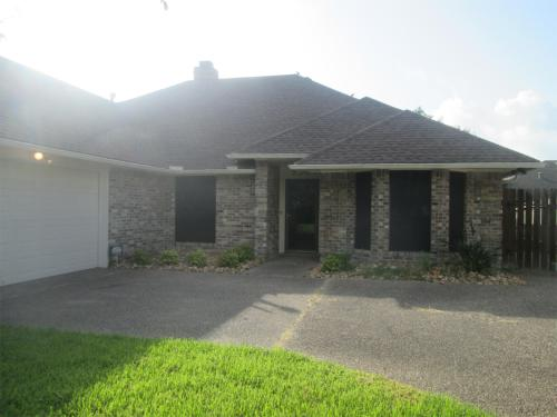 2304 Willow Drive Photo 1
