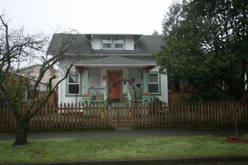 5609 SE 66th Avenue Photo 1
