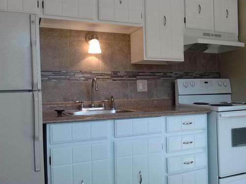 791 W Prentice Ave Apt 103 Photo 1