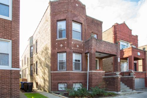 3909 W Schubert Ave Photo 1