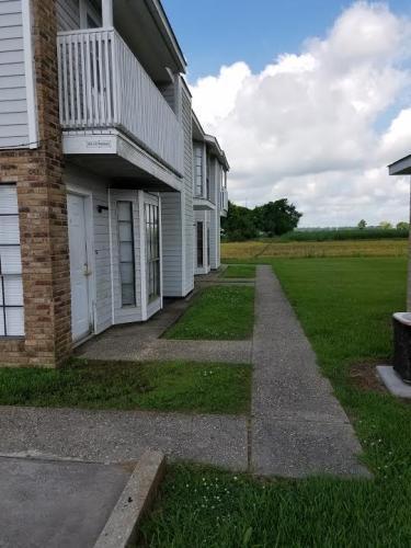 116 A Oakridge Avenue Photo 1