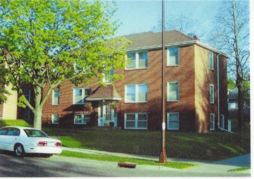 1994 St Clair Avenue #6 Photo 1