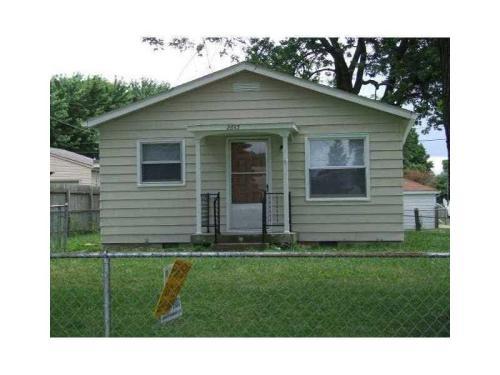 2645 Woodrow Avenue Photo 1