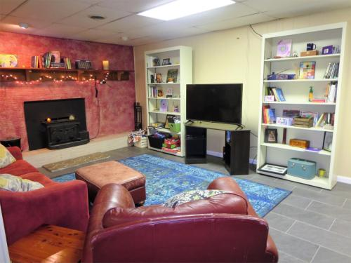 842 Spring Valley Drive #B Photo 1