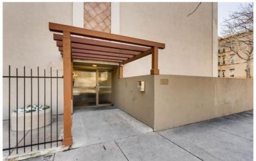 1390 Emerson Street #105 Photo 1