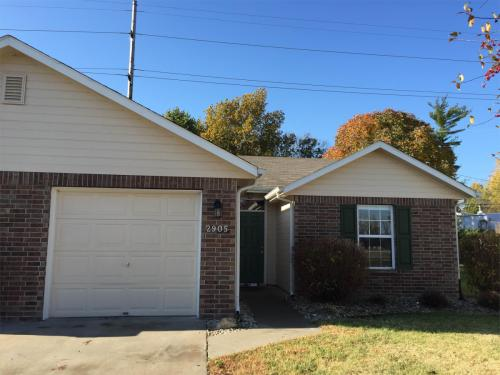 2905 Russel Court Photo 1