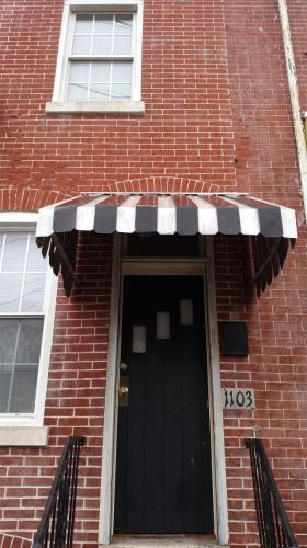 1103 Linden Street Photo 1