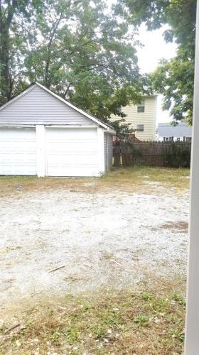 119 Dewey Street - Garage Photo 1