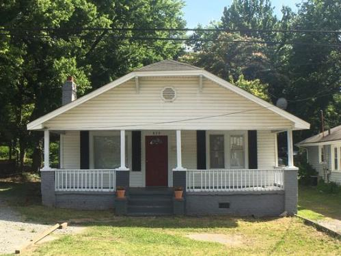 820 Parkwood Ave Photo 1
