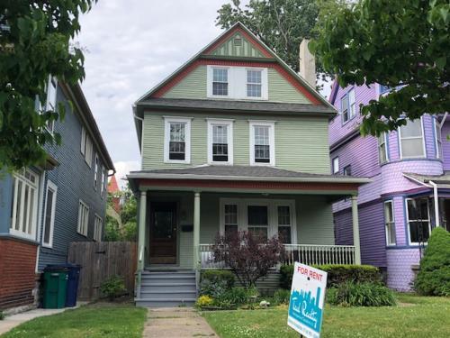 654 Auburn Avenue Photo 1