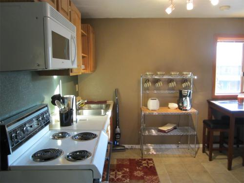 3315 Pioneer Ave #1BD Photo 1