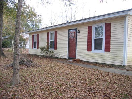 4521 River Oak Dr Photo 1