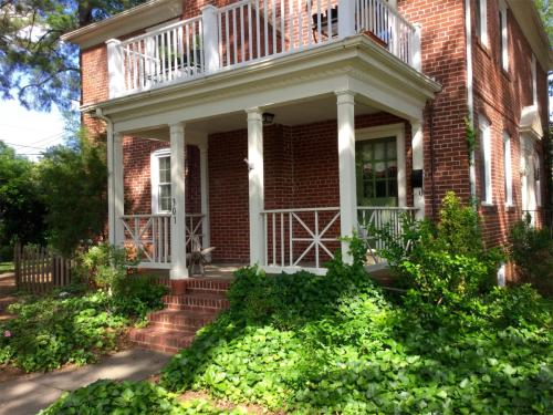 5306 Grove Avenue - 1 Downstairs Photo 1
