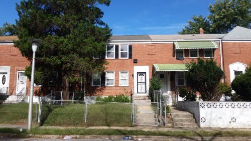 4028 Edgewood Avenue Photo 1
