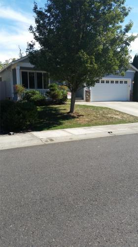 11911 NW 23rd Avenue Photo 1