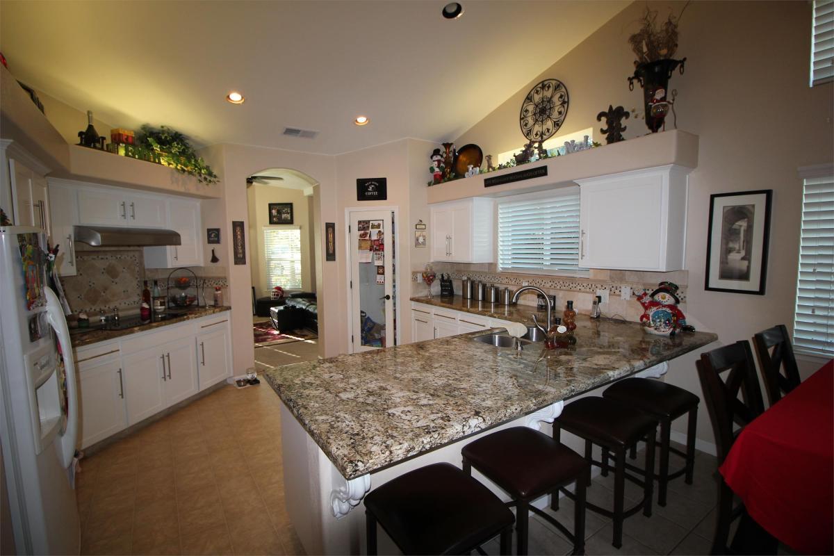 2646 E Brandywine Lane, Fresno, CA 93720 | HotPads
