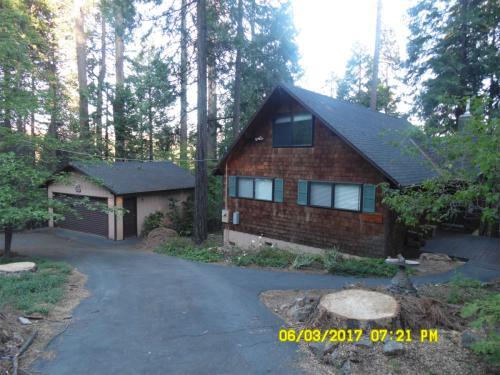 20235 Lilac Lane Photo 1