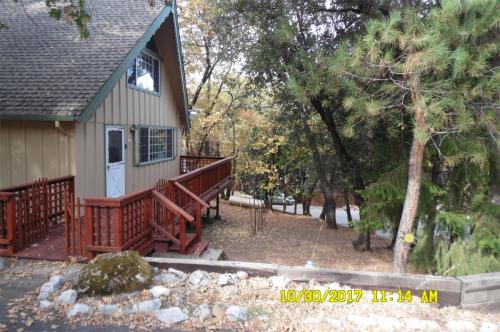 21625 Crystal Lake Drive Photo 1