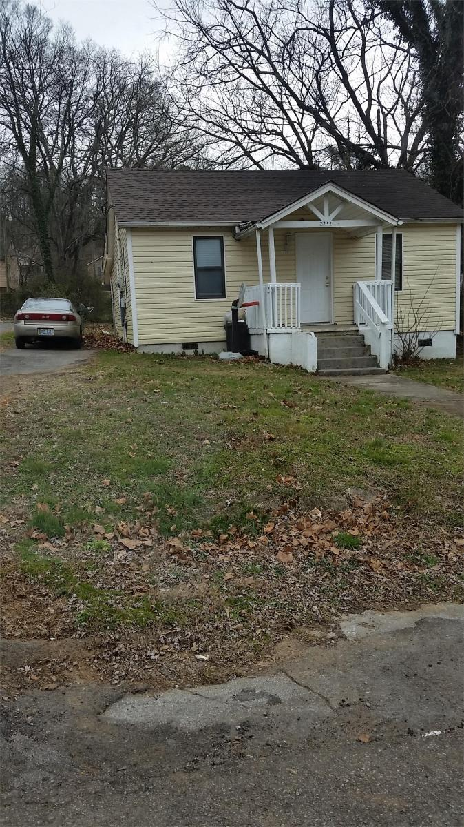 2752 Lay Avenue, Knoxville, TN 37914   HotPads
