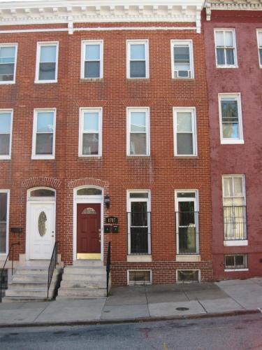 1717 W Lombard Street 2nd Floor Photo 1