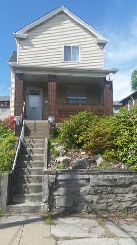 537 Howard St Photo 1