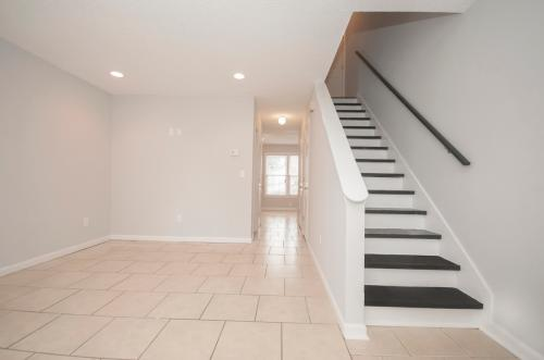 9 Anderson Ave Photo 1