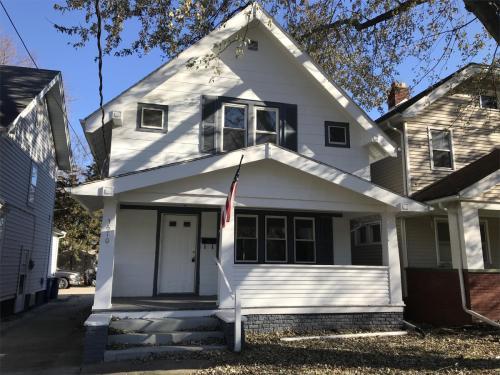 3610 Homewood Avenue Photo 1
