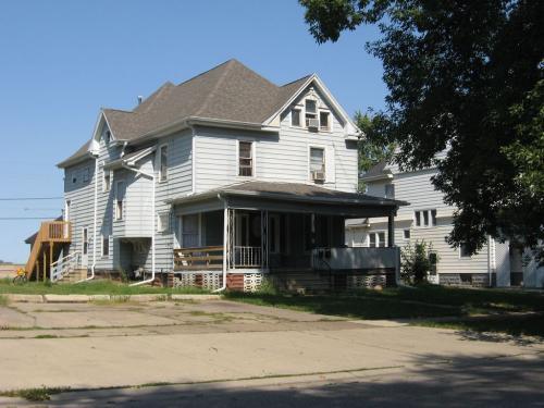 122 Leland Avenue #4 Photo 1
