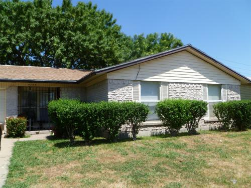 6344 Cinnamon Oaks Drive Photo 1