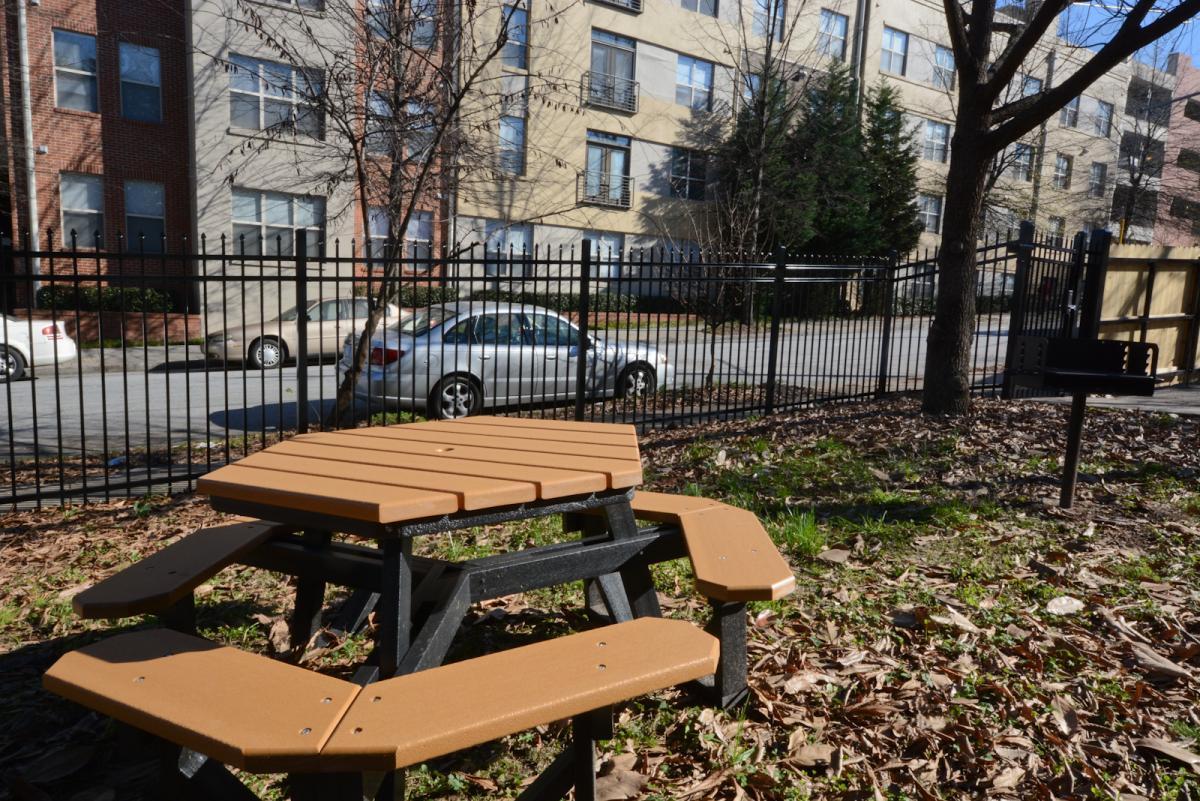 Chamberlain Street SE Apt E Atlanta GA HotPads - Picnic table atlanta