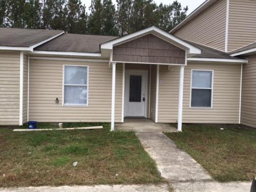5423 Quail Creek Circle Photo 1