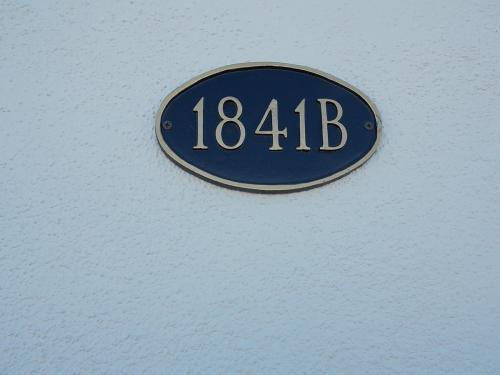 1841 E Calvada Boulevard Photo 1