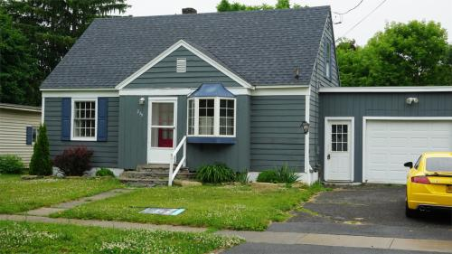239 Ward Street Photo 1