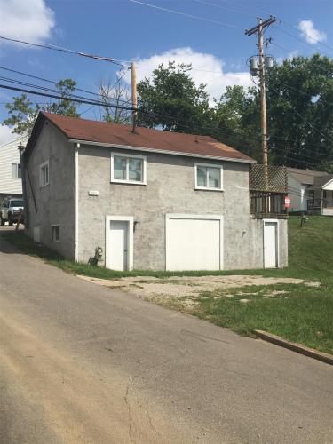 412 1/2 Richland Ave Photo 1