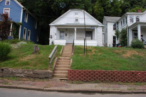 103 Franklin Avenue Photo 1