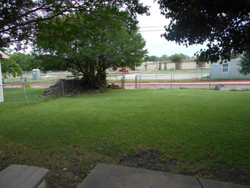 1801 Meadowcrest Photo 1