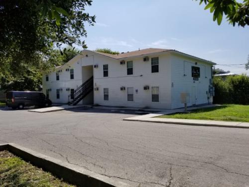 11106 Belair Drive Photo 1