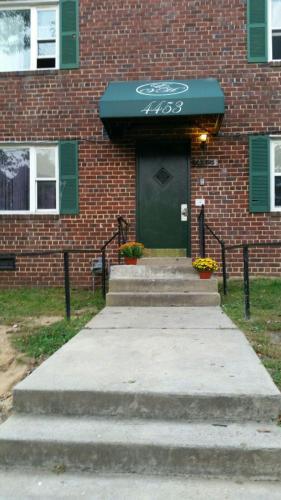 4453 B Street Photo 1