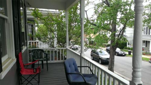 716 Lee Avenue #B Photo 1