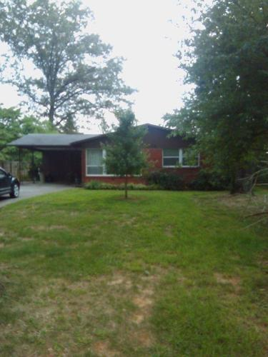4308 Thornwood Drive Photo 1