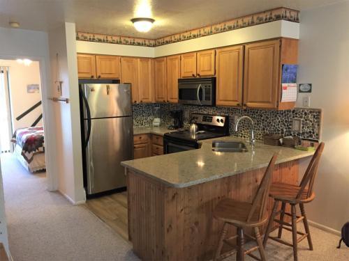 3615 N Wolf Lodge Drive Photo 1