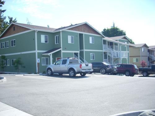 155 NE Kettle Street #B201 Photo 1